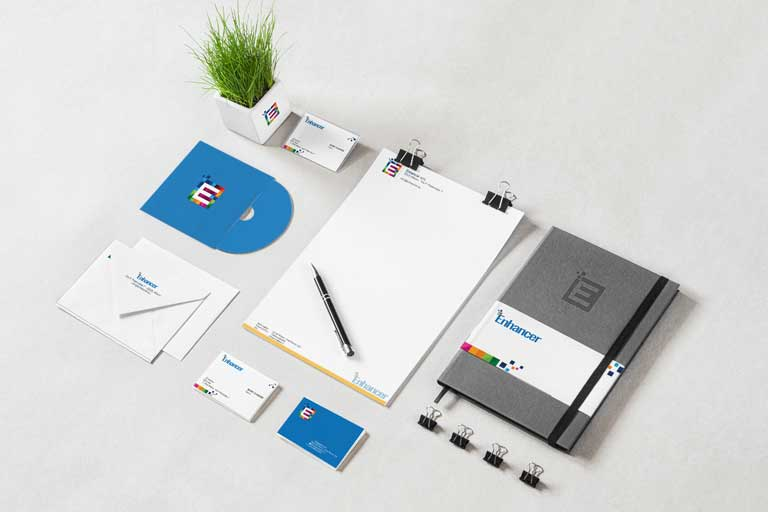 Carta intestata, blocchetti, brochure ed altri elementi personalizzabili