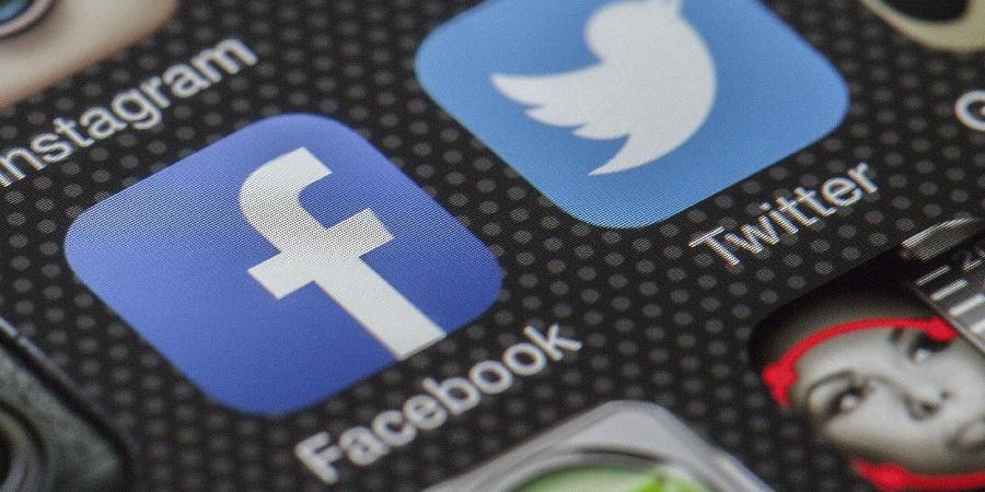 pagina-facebook-non-porta-contatti